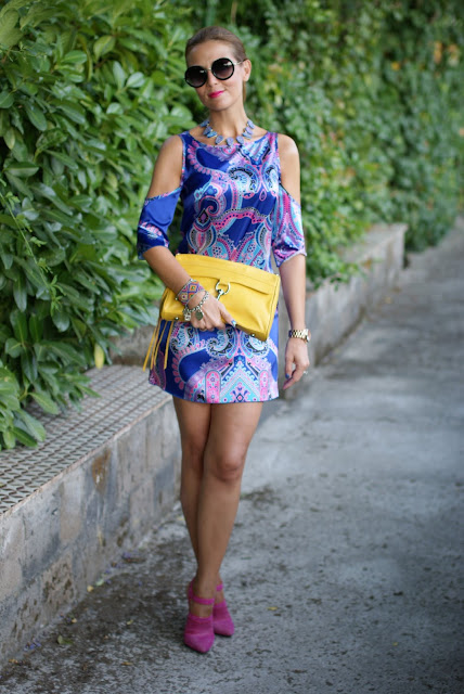 satin mini dress, Cesare Paciotti fuchsia shoes, paisley dress, Fashion and Cookies, fashion blogger