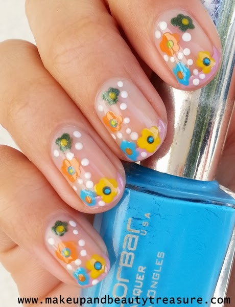 Beach nail arts