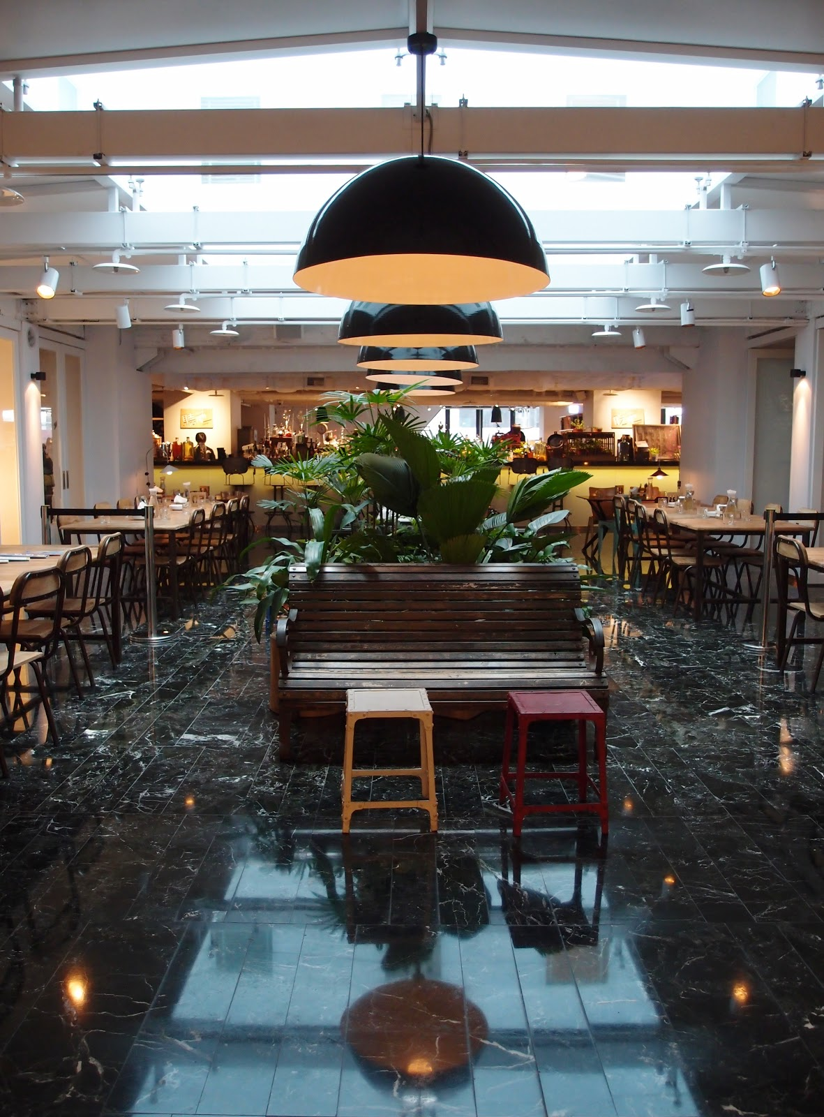 Y lyn 39 s journal of food fun travel amba hotel for Design hotel ximending
