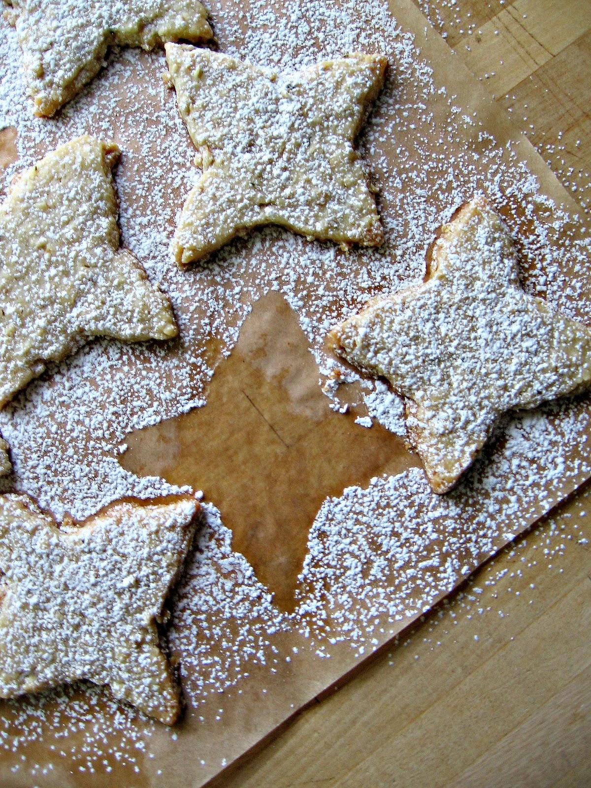 sweetsugarbean: Merry & Bright: Rosemary Oatmeal Shortbread