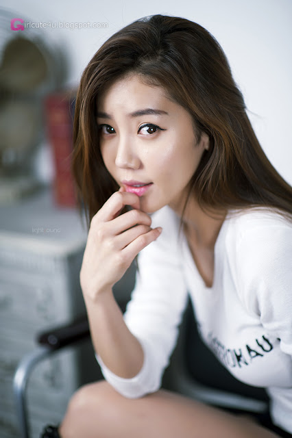 4 Simple Yoo Ha Na - very cute asian girl - girlcute4u.blogspot.com