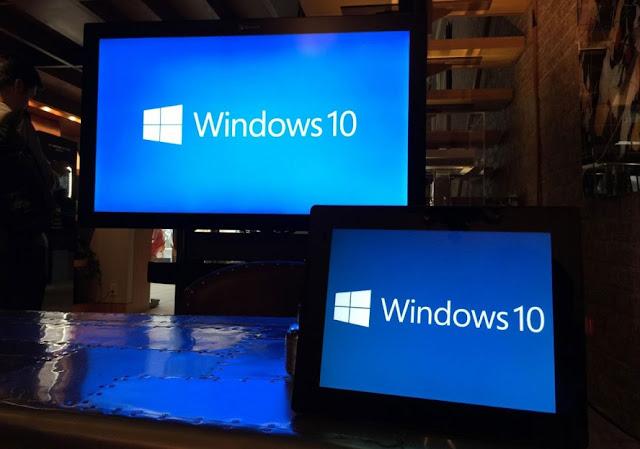 """Microsoft te descarga Windows 10 por si """"decides actualizar"""""""