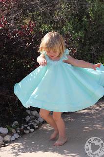 Simplicity 2466 Girls Circle Dress