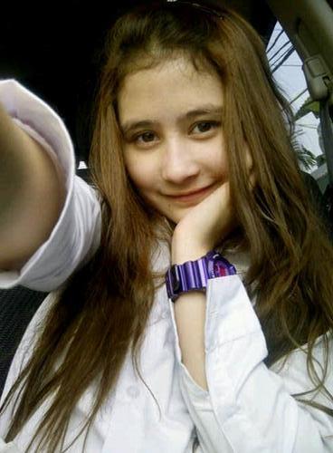 Profil-Biografi dan Foto Prilly Latuconsina