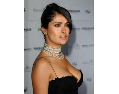 Salma Hayek Sexy & Hot Photo