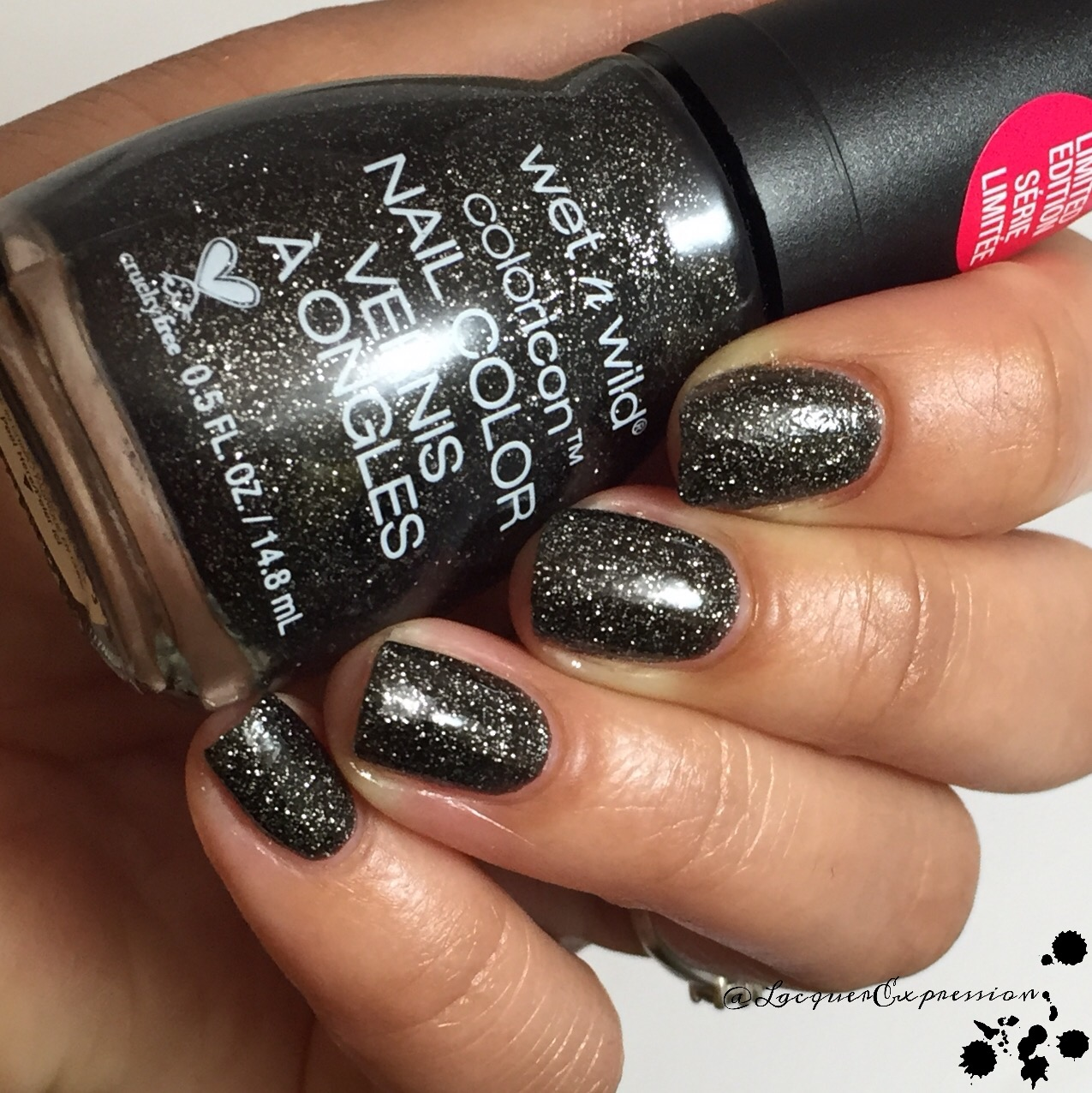 Mainstream Swatch and Review - We\'re the Wild Cats Holiday 2015 LE ...