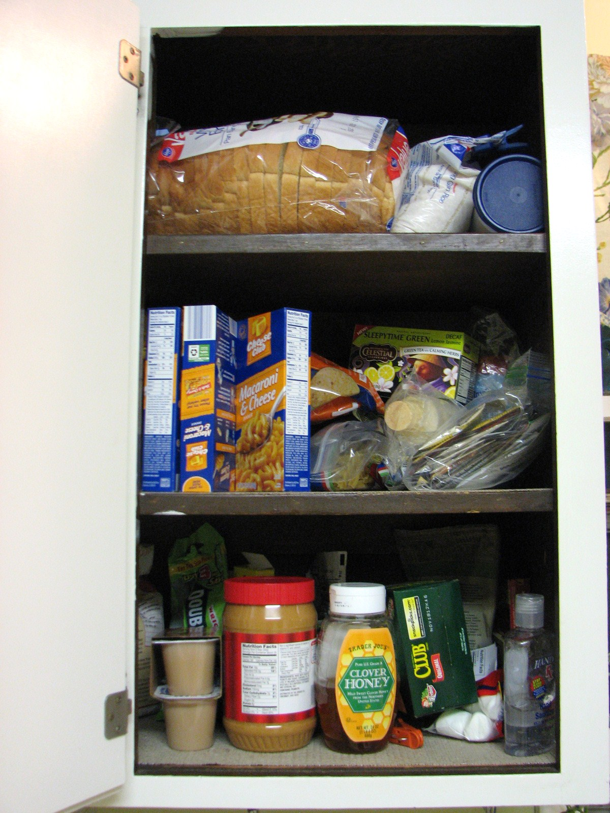 Organizing in a Small Kitchen