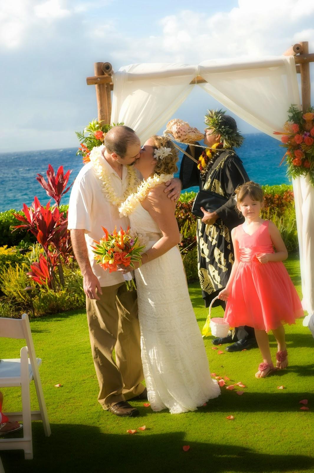 maui weddig planners, maui weddings, maui wedding photographers, maui photographers, wedding planners maui