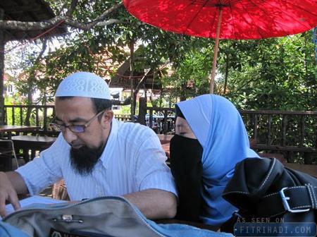 (Artikel) 13 Tips Perkahwinan Bahagia Dari Ustaz Azhar Idrus