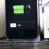 كيفية صنع عمل حامل او مقعد للآي فون يدويا iPhone Dock  او ما شابه من اسطوانات اقراص CDs القديمة بالشاحن usb ( بسيطة جدا )