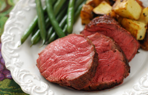 Boneless Top Sirloin Petite Roast, tennessee beef, tenderloin roast, grill dome beef recipe