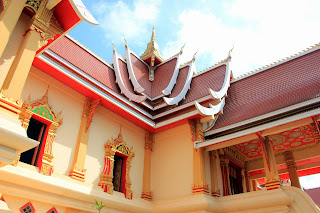 Interior de Wat Neua Thatluang