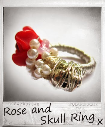 http://www.fashiontodiyfor.com/2014/03/rose-and-skull-ring_30.html