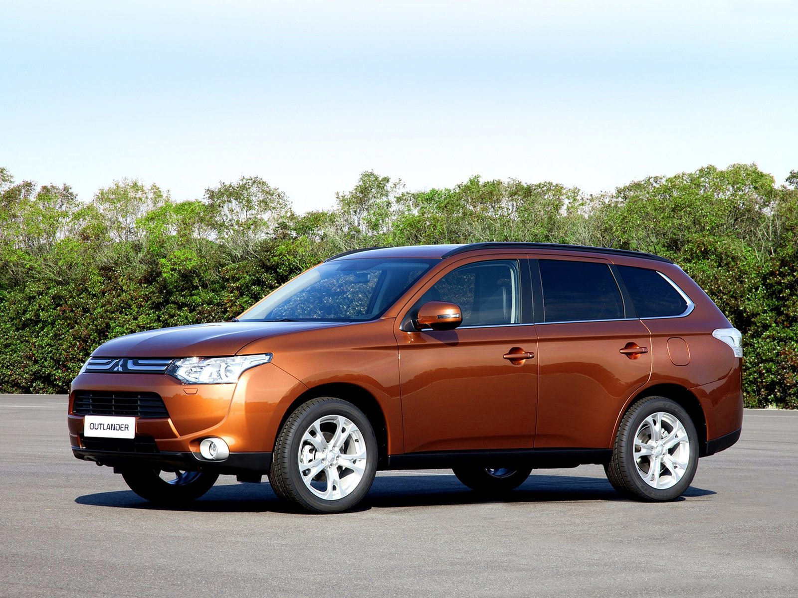 mitsubishi car insurance information 2013 outlander. Black Bedroom Furniture Sets. Home Design Ideas