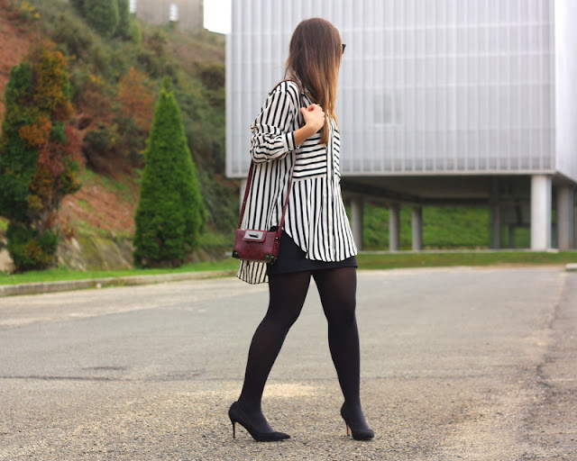 black_and_white_stripes_look