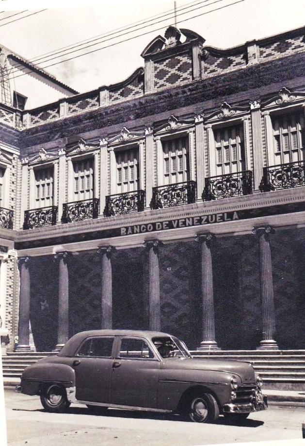 Caracas en retrospectiva el cajero principal del banco de for Banco venezuela online
