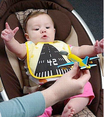 Funny picture: Airports on the belly of baby