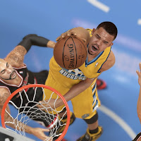 Javale McGee in paint