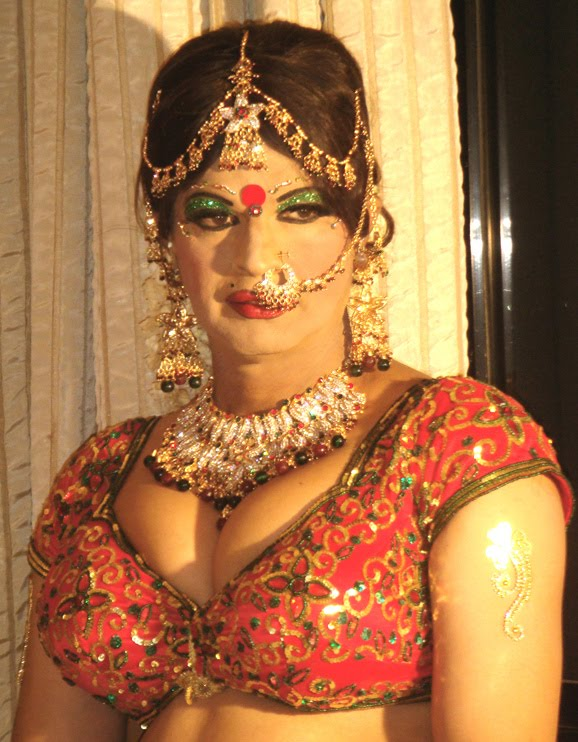 Indian Crossdressers - Men in Drag