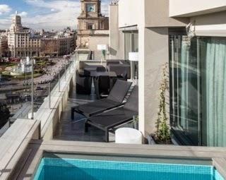 Viajar a barcelona hoteles de barcelona con piscina privada for Hotel piscina habitacion