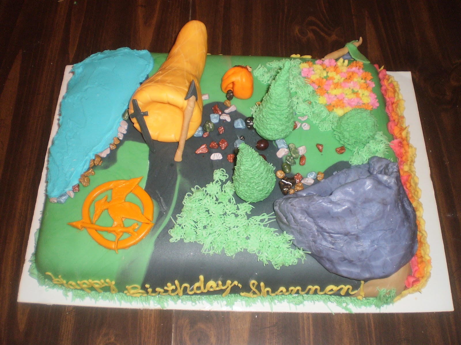 Meet Your Caker Hunger Games Cake