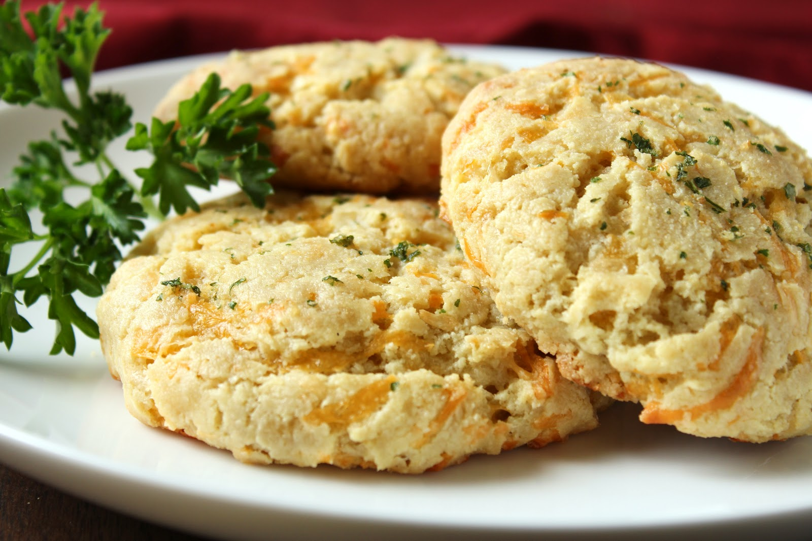 Delicious as it Looks: Cheddar Bay Almond Flour Biscuits ...