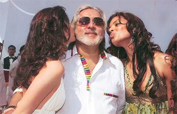kingfisher airlines king of good times Watch video vijay mallya, second from left, at a fashion show in new delhi in 2013 mr mallya, an indian business tycoon and owner of kingfisher airlines.