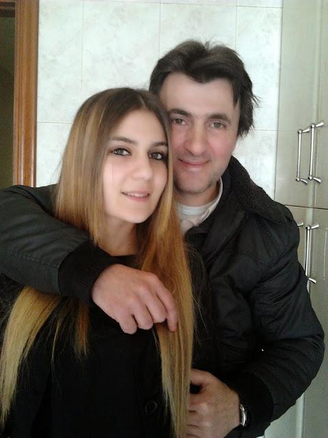José Señaris Calviño y Vanesa Señaris.