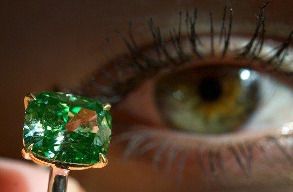 expensive diamonds, the vivid green