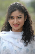 Vishnu priya photos from 21st century Love-thumbnail-13