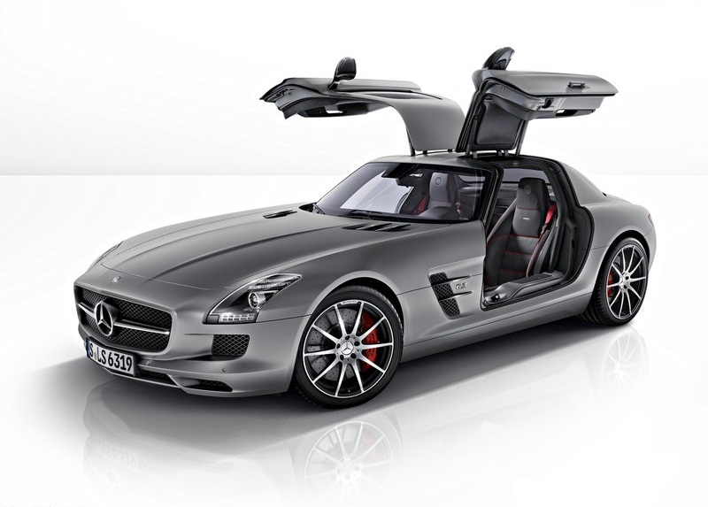 Sport car garage mercedes benz sls amg gt 2013 for Sports car mercedes benz
