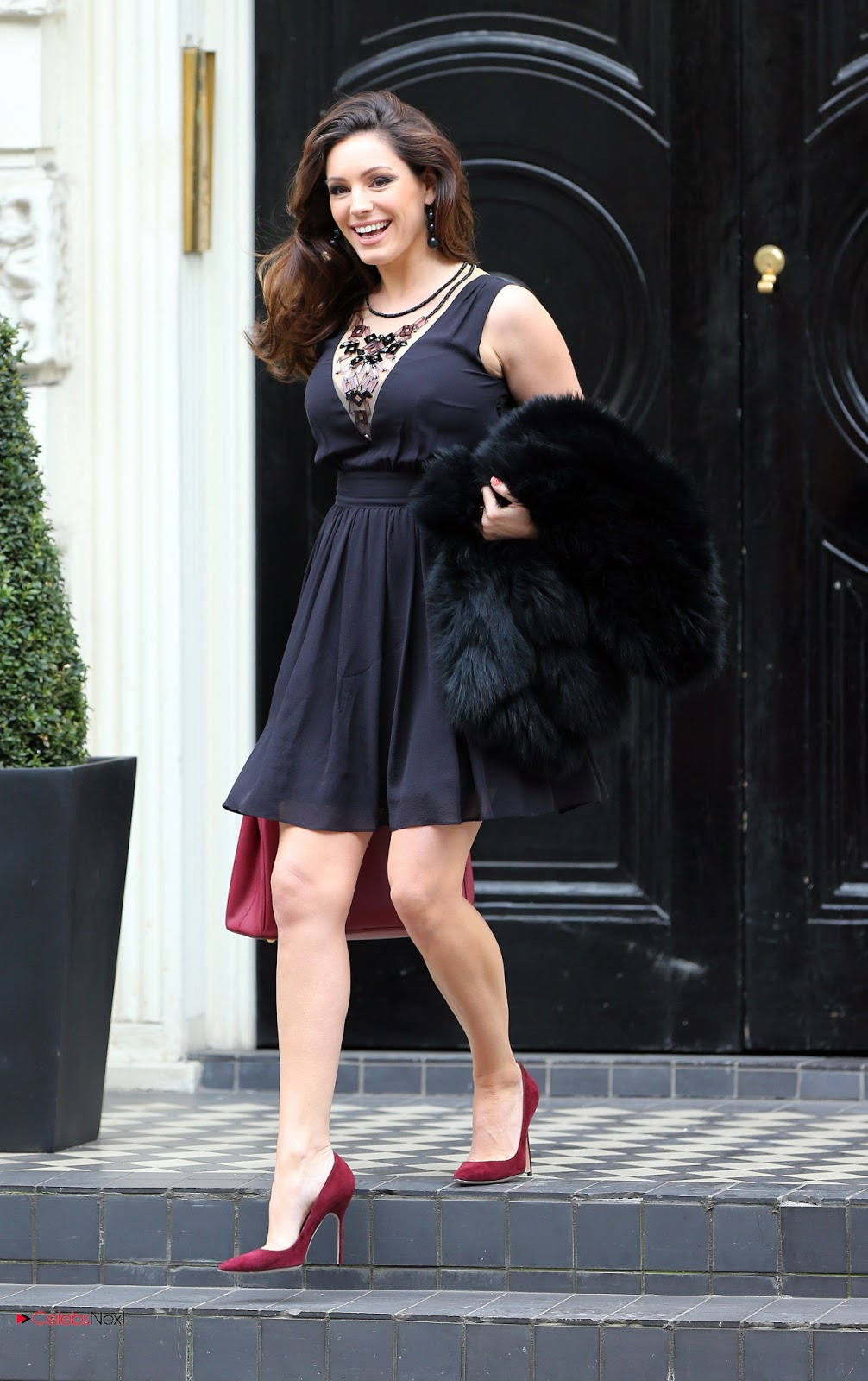 Kelly Brook Photos Stylish Black Short Dress Leaving Her House London Celebsnext Telugu Actres Thunder