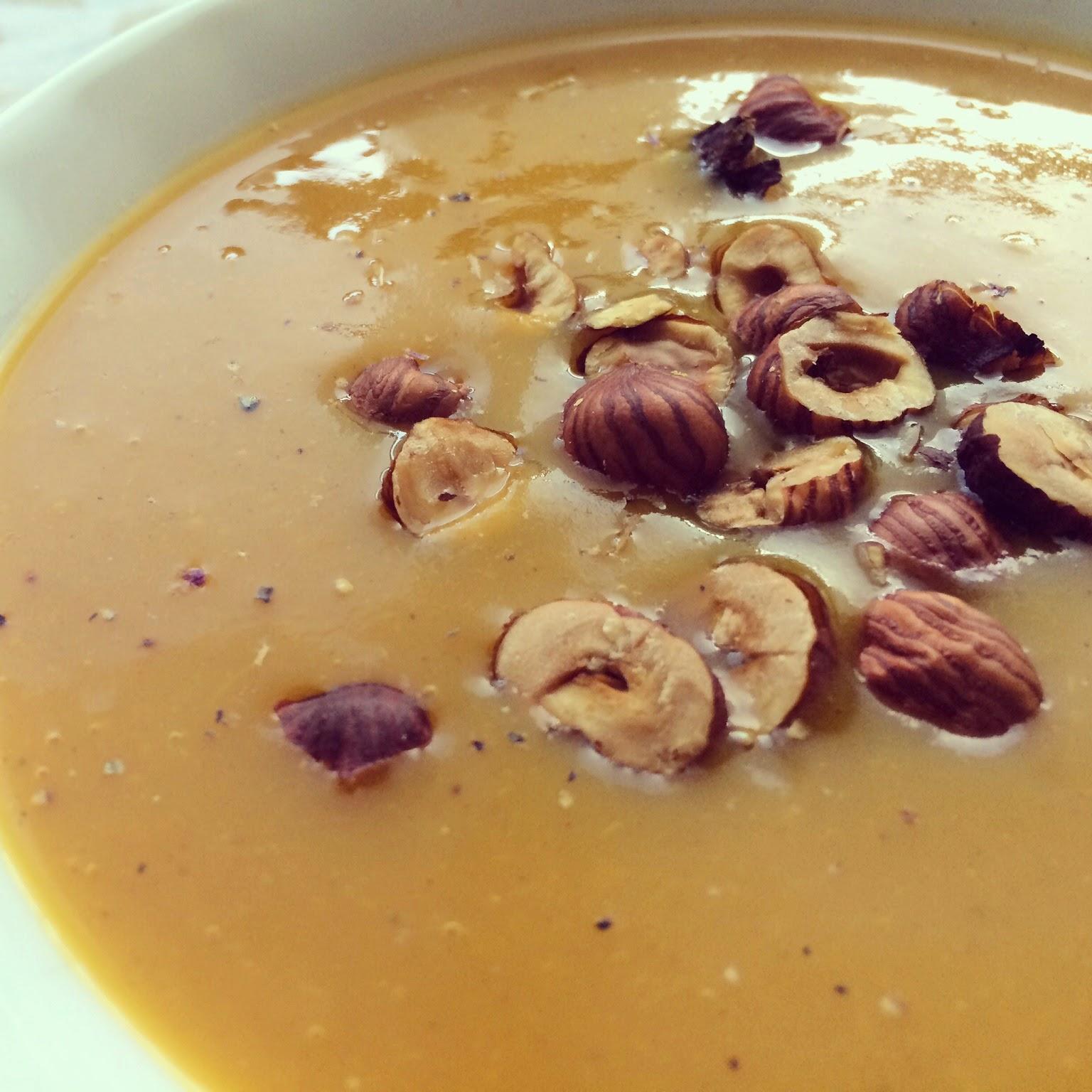 soupe courge épices noisettes