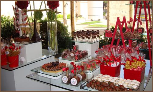Mesa de postres ideaskreativasparatuevento - Postres para mesa de dulces ...