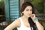 Actress Aksha glamorous photos-thumbnail-3