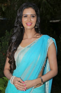 Actress Meenakshi Dixit Latest Pictures in Saree at Thenaliraman Movie Audio Launch 5.jpg
