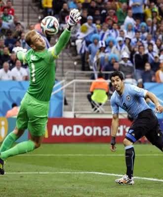 Uruguai vence Inglaterra no Itaquerão com dois gols de Suárez