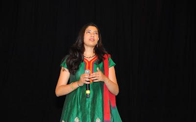 singer geetha madhuri at eega audio launch glamour  images
