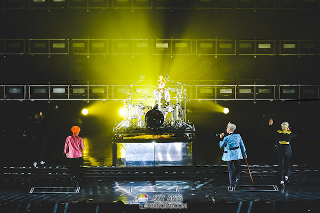 All attention to DaeSung playing drums