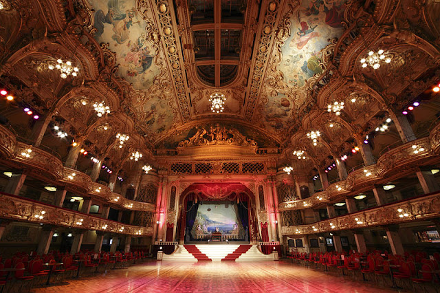 Blackpool_Tower_ballroom