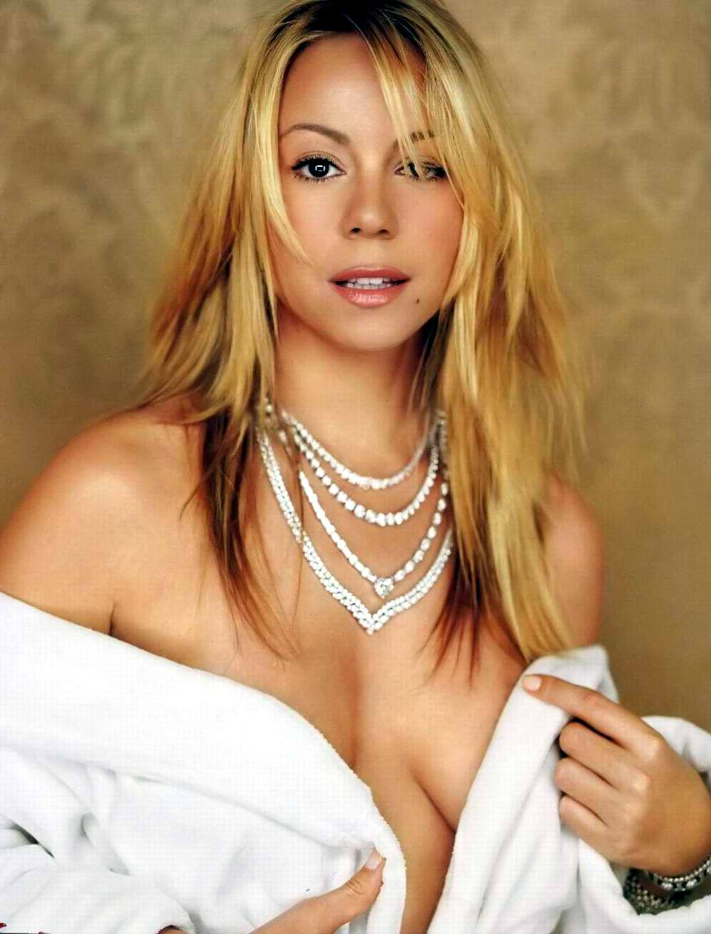 Mariah Carey Hollywood Singer Hot Pictures