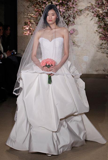 Настольная книга невесты: Oscar de la Renta - свадебные платья