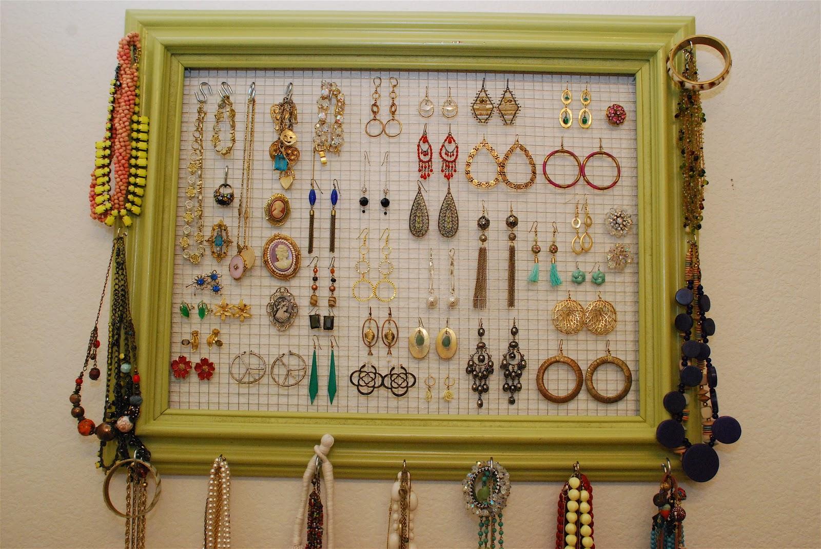Jewelry display ideas pinterest for Jewelry organizer ideas
