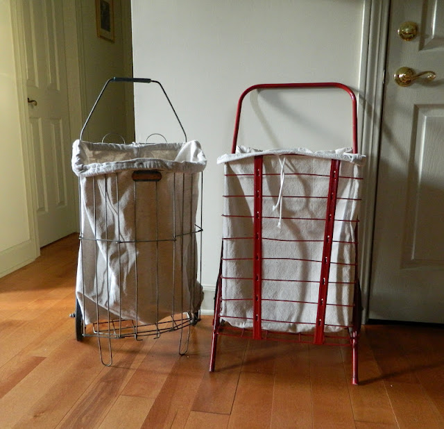 vintage shopping carts via homeologymodernvintage.com