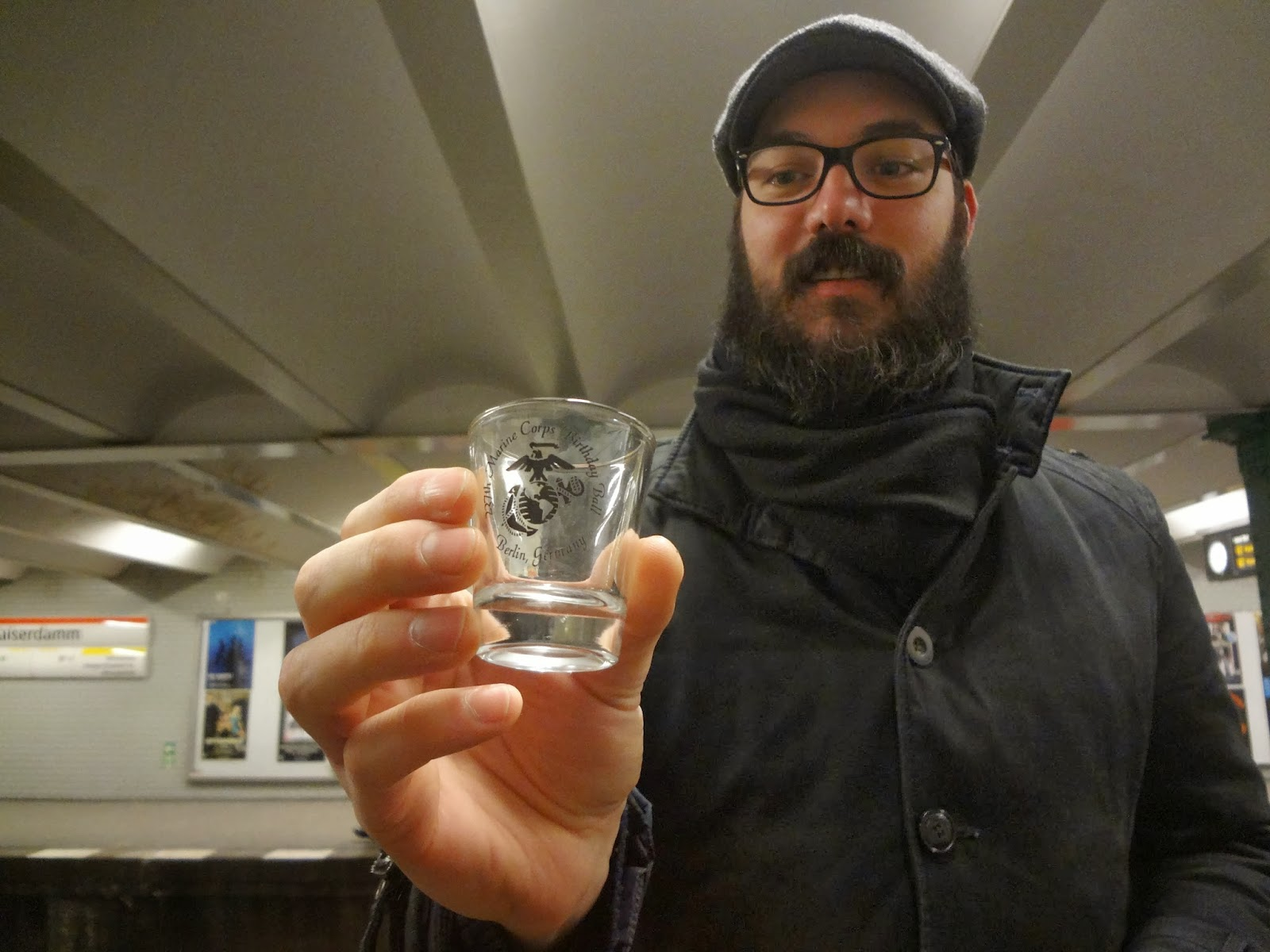 Drinking tour of the Berlin UBahn
