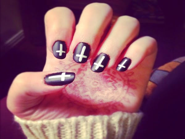 most beautiful black and white nail art designs