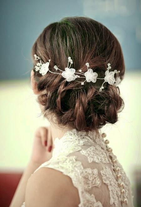 Xu hướng kiểu tóc cô dâu mùa thu 2014 mới lạ và bay bổng2
