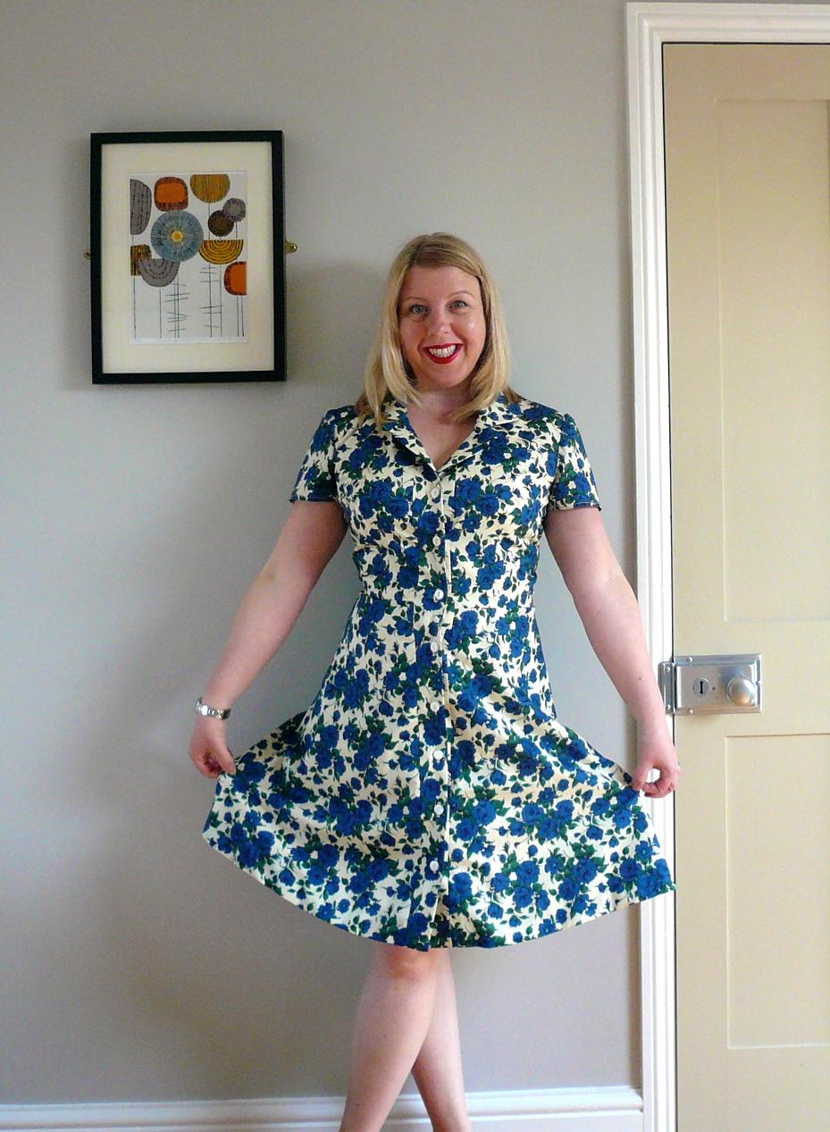 Handmade Jane: Blue rose shirt dress