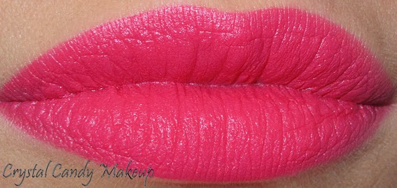 Rouge à lèvres Party Parrot de MAC (Collection Strength) Swatches