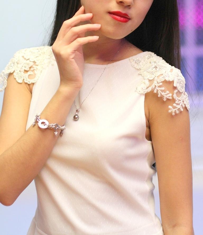 Кружево в женской одежде